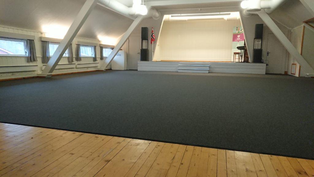 gulv-møtesal.jpg